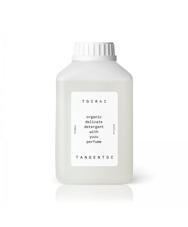 Жидкость для стирки одежды из деликатных тканей
