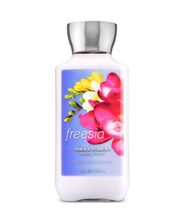 BATH & BODY WORKS Лосьон для тела 236 мл Freesia